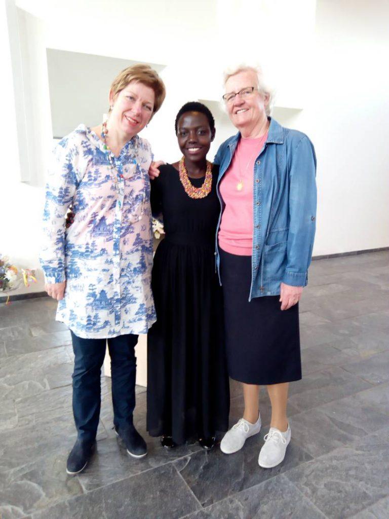 auntie rosette bezoek ontmoetingskerk.png