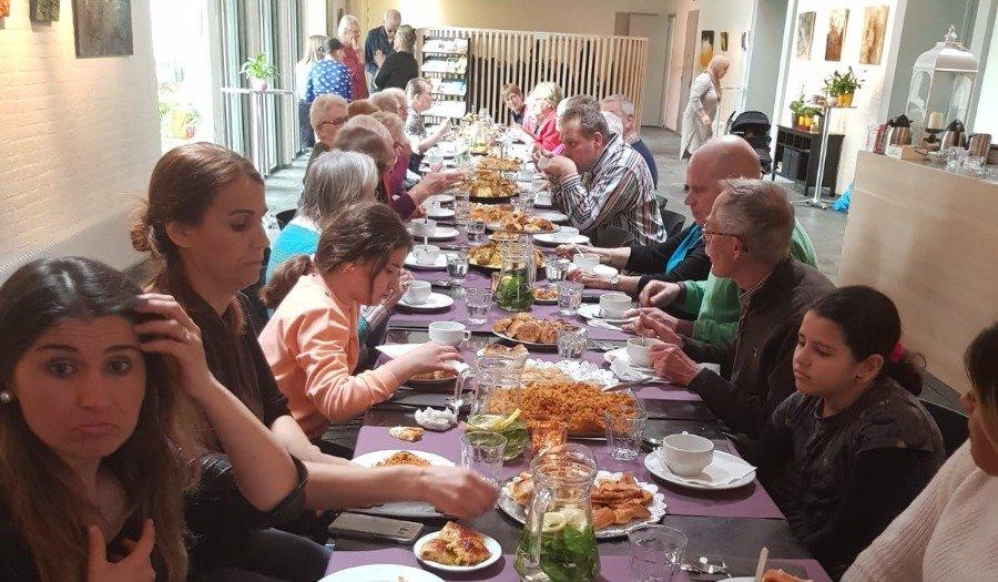 samen eten in de ontmoetingskerk haarlem